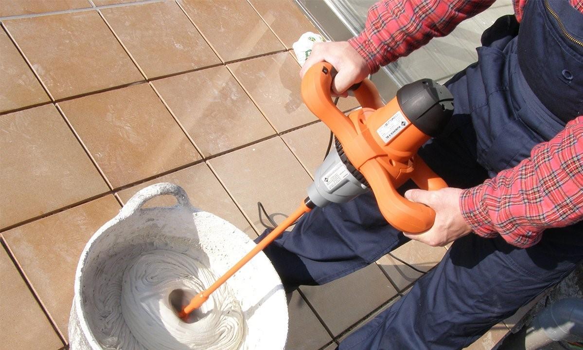 Как собственноручно приготовить клей для плитки