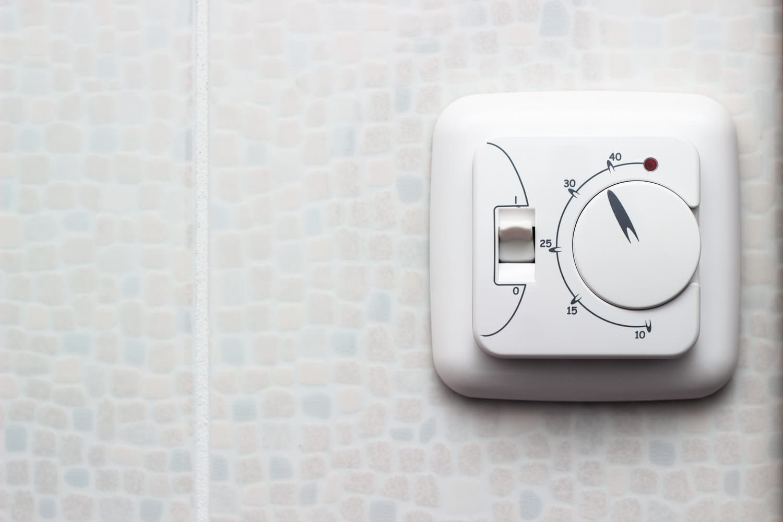 Установка датчика температуры и термостата