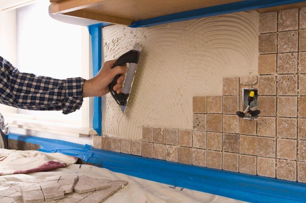 Выкладка мозаики на фартук