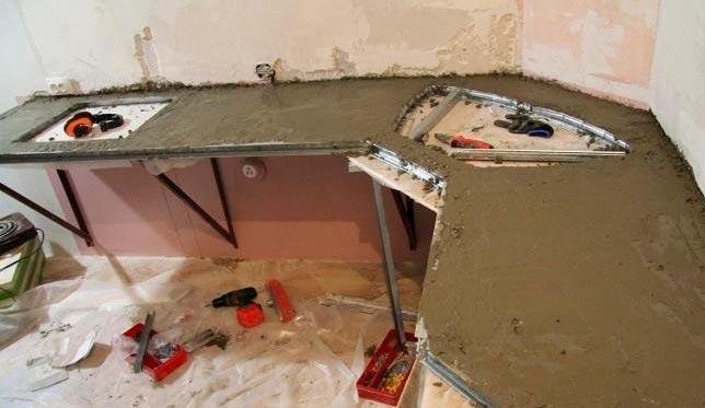 Делаем цементную подушку для столешницы на кухне