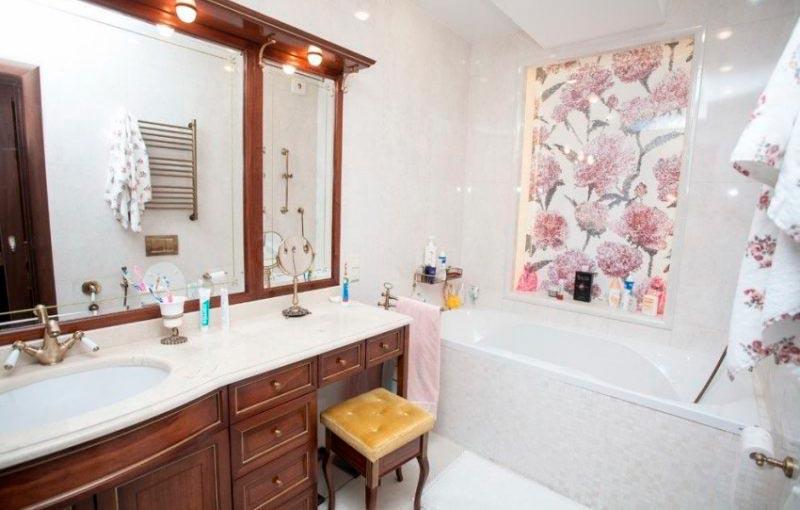 Другие варианты дизайна панно в ванной 43