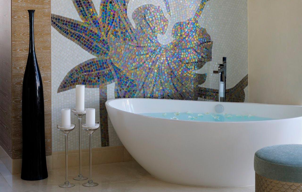 Другие варианты дизайна панно в ванной 8