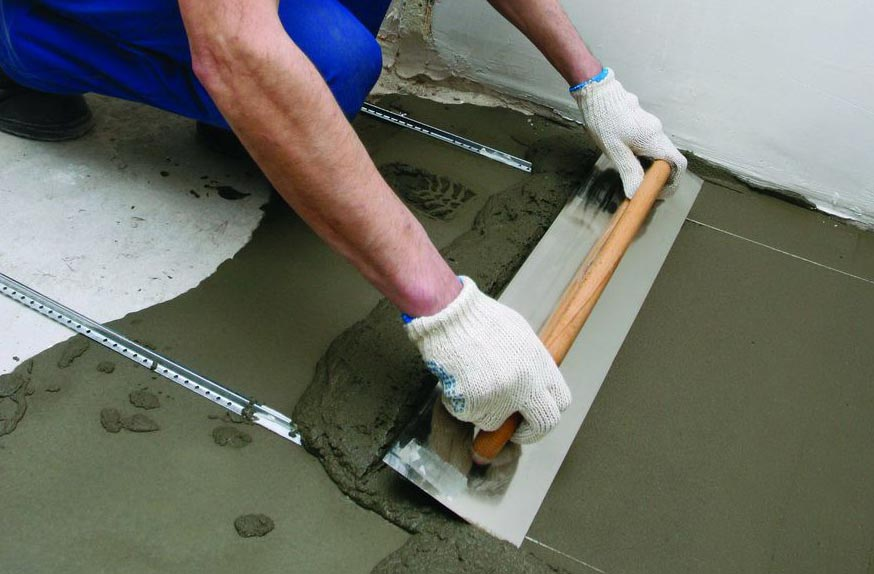 как сделать стяжку на пол в ванной под плитку