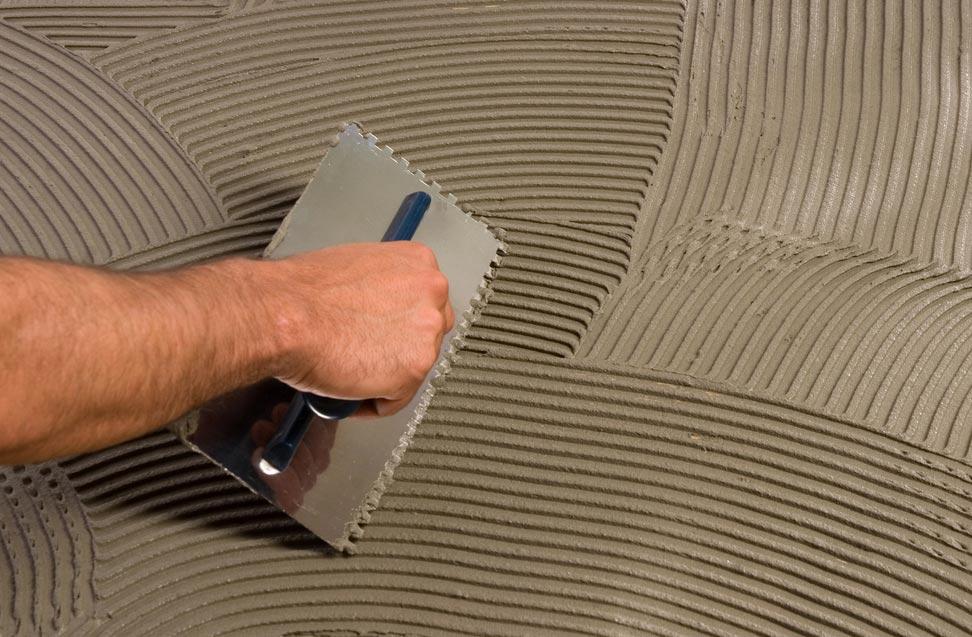 клей на цементной основе для плитки в ванную