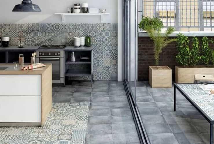 Плитка пэчворк на кухне и на балконе
