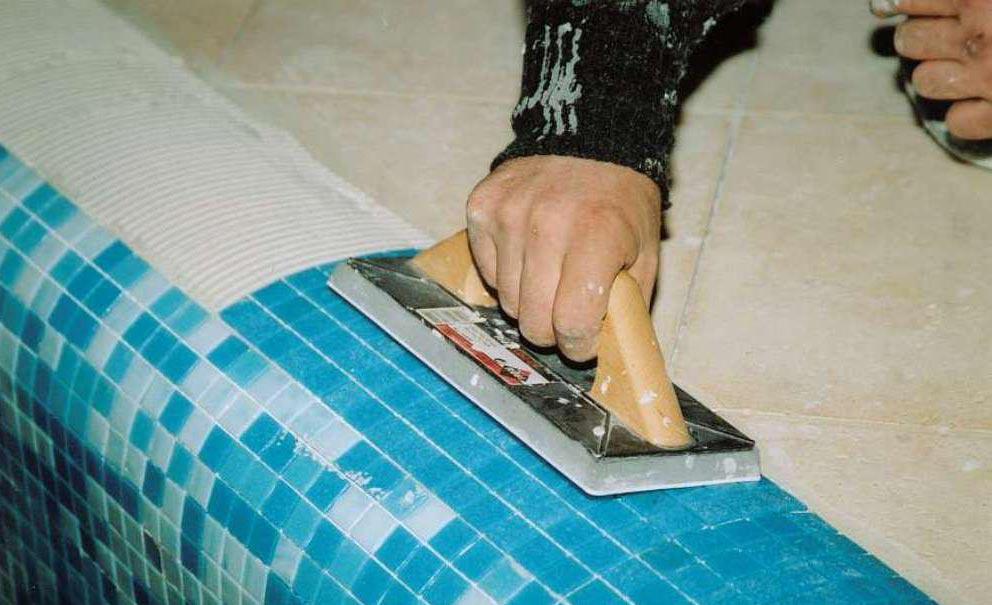 плиточный клей для бассейнов-укладка мозаики
