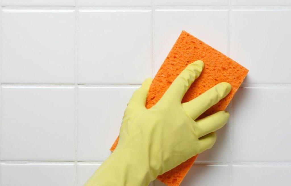 правила работы с очищающими средствами