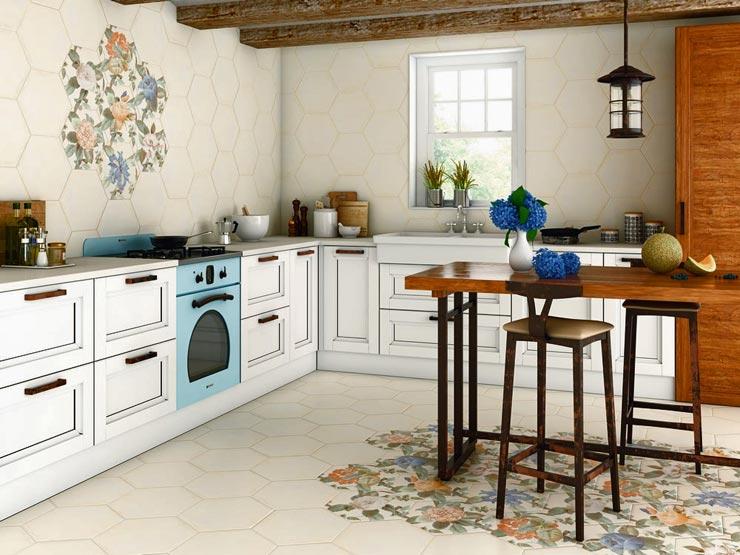 Шестиугольная плитка прованс на кухне