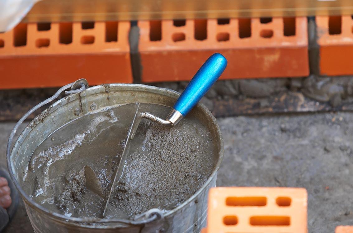 термостойкий клей для плитки-цементный раствор