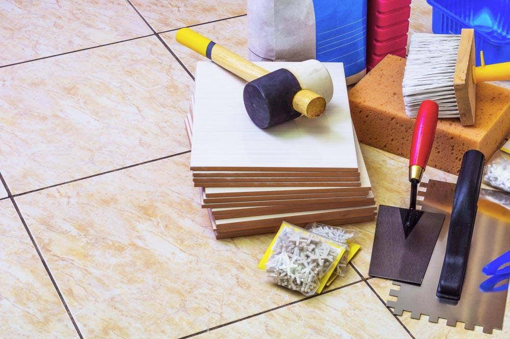 укладка плитки на пол в туалете-необходимые инструменты