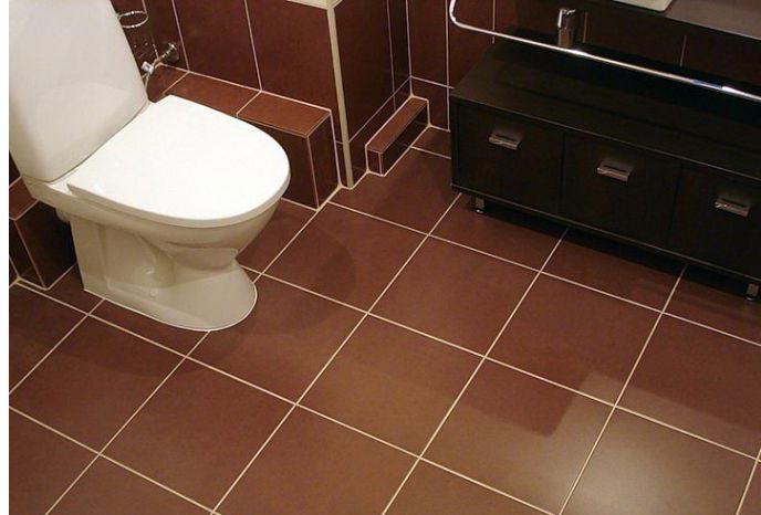 укладка плитки на пол в туалете по прямой-рекомендации