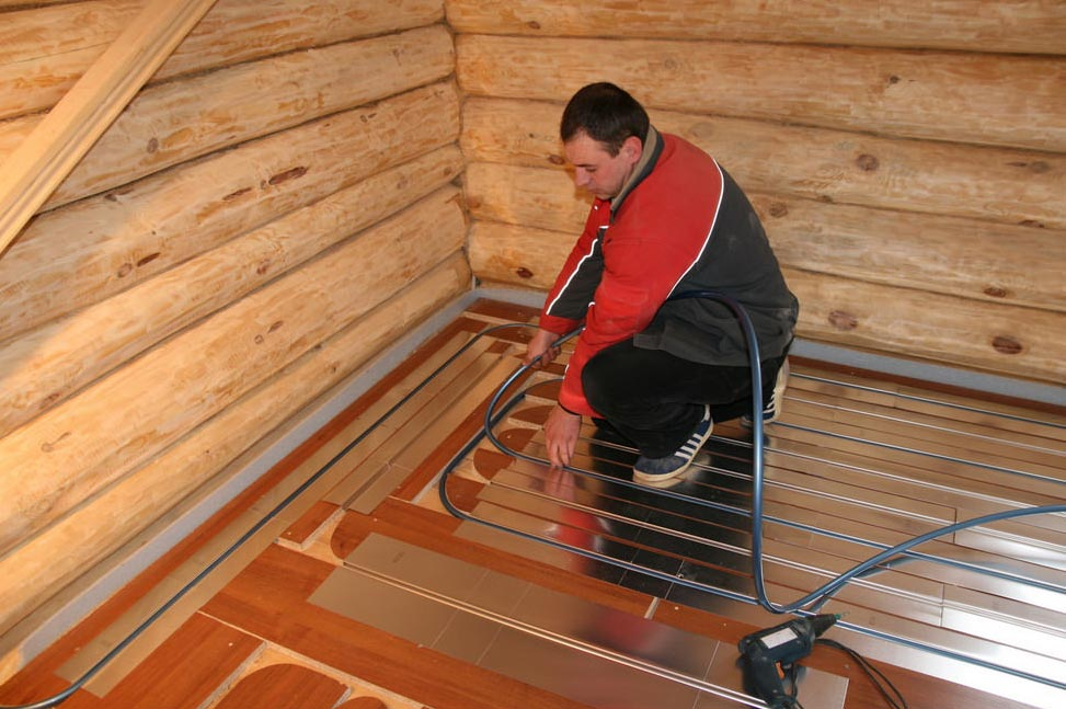 водяная система напольного обогрева в бане