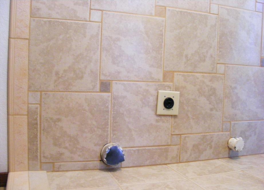 Время высыхания раствора плиточного клея на стене