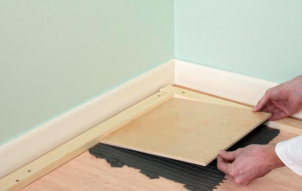 Выбор подходящего клея для укладки деревянного пола плиткой