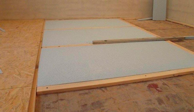 Заделка щелей и стыков перед укладкой деревянного пола плиткой