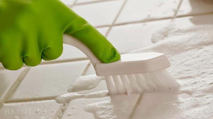 Для чистки швов между плиткой