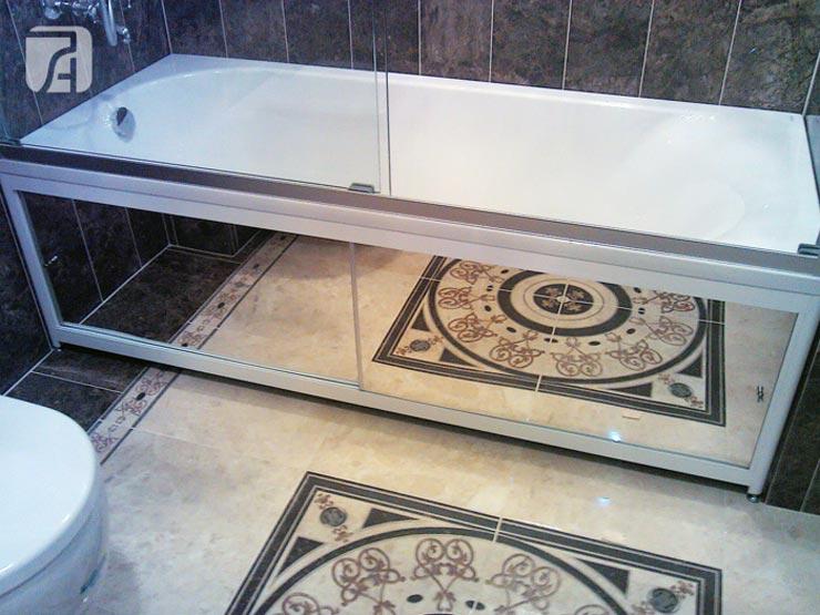экран для угловой ванны зеркальными ламелями