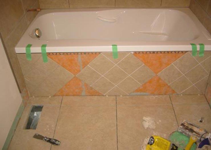 Экран для ванны плитка