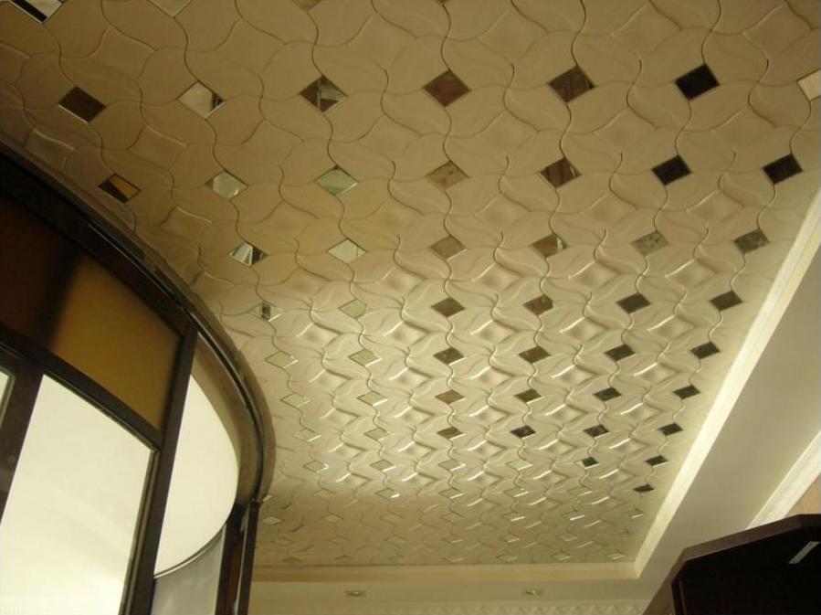 Бесшовная плитка на потолок